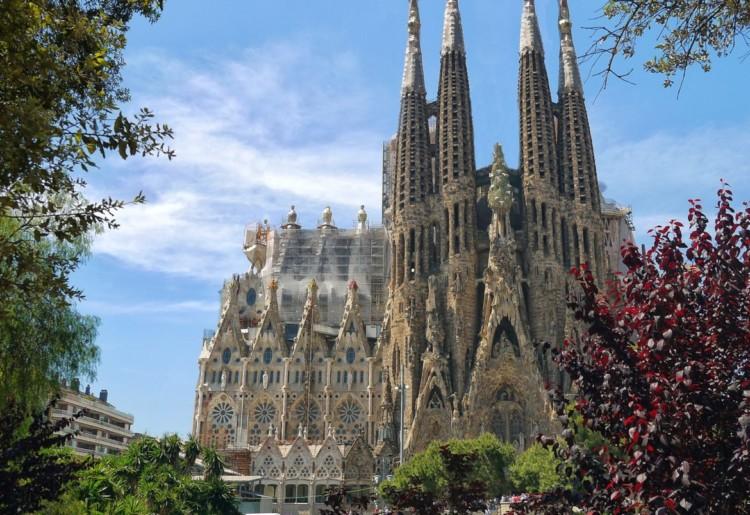 Seguro Viagem Barcelona – Descubra se é obrigatório e confira nossas dicas